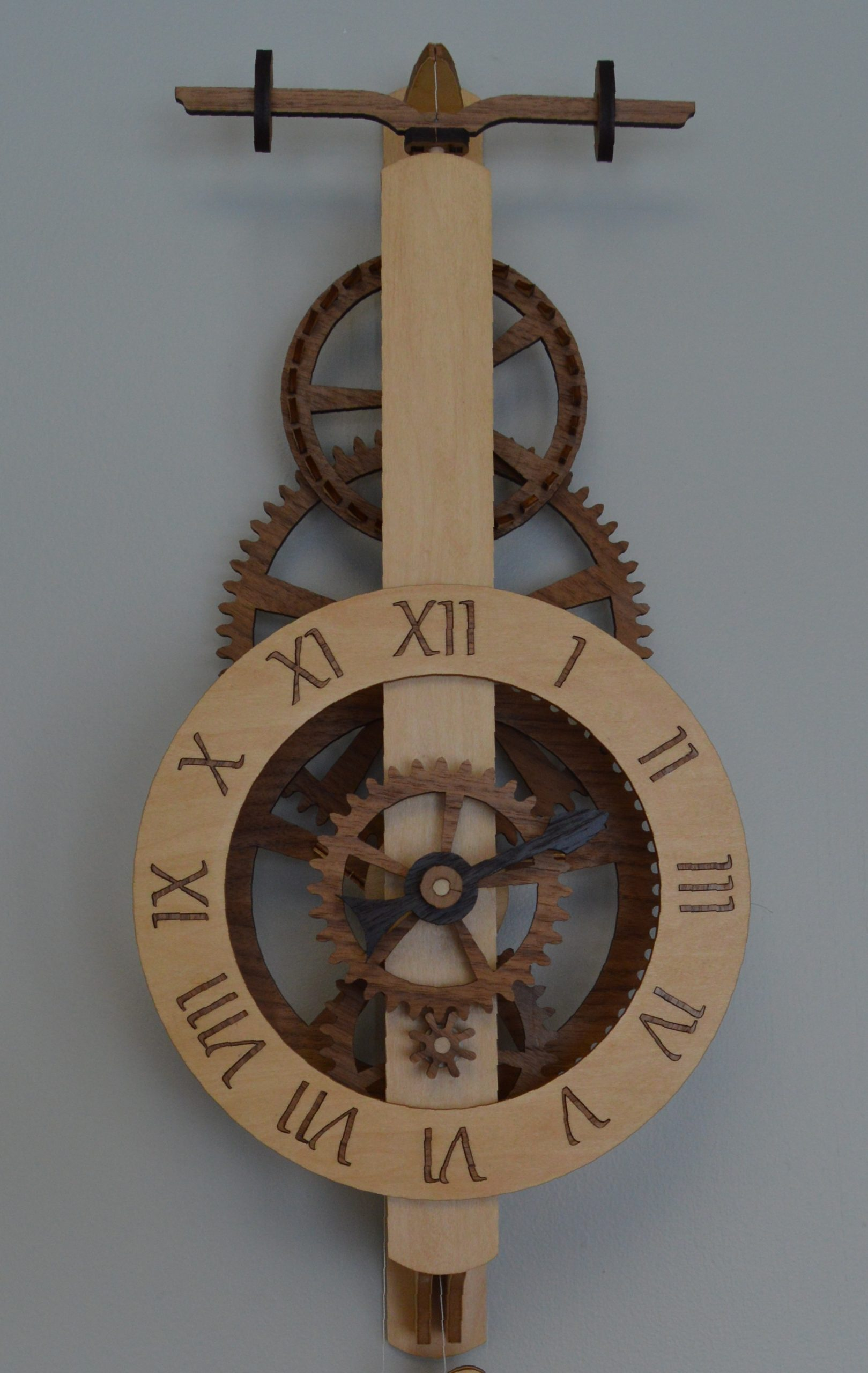 diadem wooden gear clock